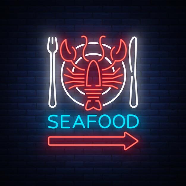 Иллюстрация значка логотипа неоновых морепродуктов. эмблема лобстера, неоновая реклама, ночной знак для ресторана, кафе, бара с морепродуктами. светящийся баннер, шаблон для ваших проектов Premium векторы