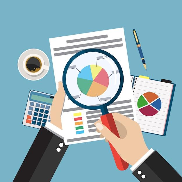Руки бизнесмена шаржа с листом бумаги анализа лупы Premium векторы