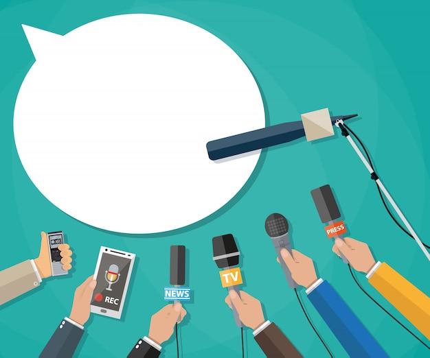 Журналистика, репортаж в прямом эфире, горячие новости Premium векторы
