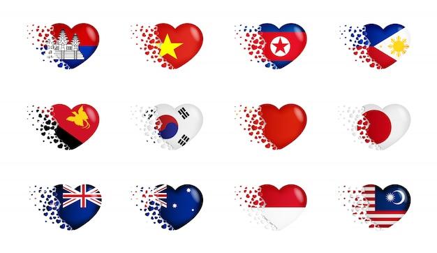 Набор национальных флагов с маленькими сердечками Premium векторы