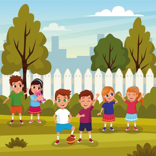 自然漫画で遊ぶかわいい子供たち 無料ベクター