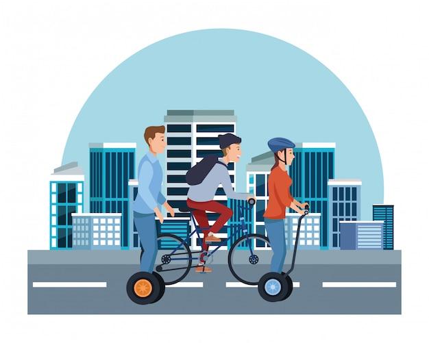 自転車や電動スクーターの人々 Premiumベクター