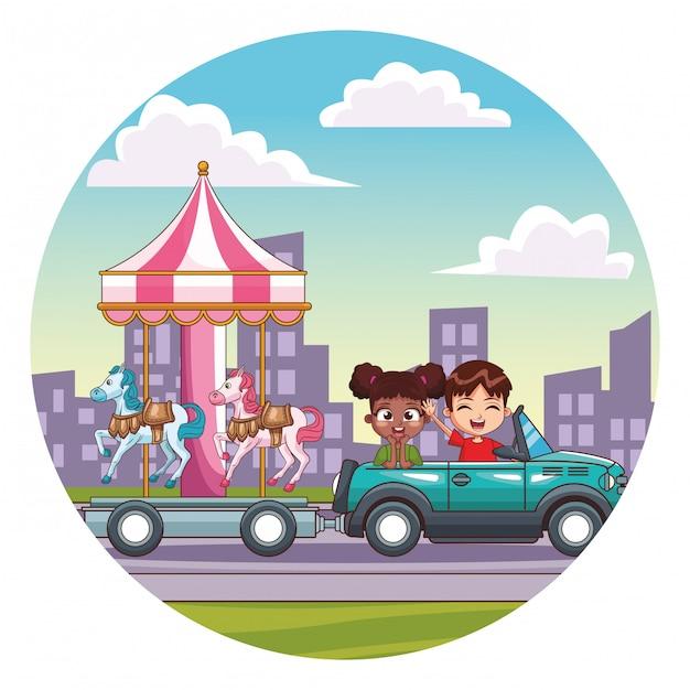 車を運転して笑顔の子供たち Premiumベクター