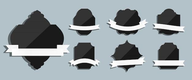 Черные этикетки с лентами ретро винтаж набор. разная форма для приветствия. шаблон для текстового баннера, лучший выбор, продажа. люкс декоративный современный Premium векторы