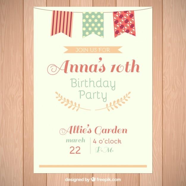 День рождения карты с милой гирляндой Бесплатные векторы