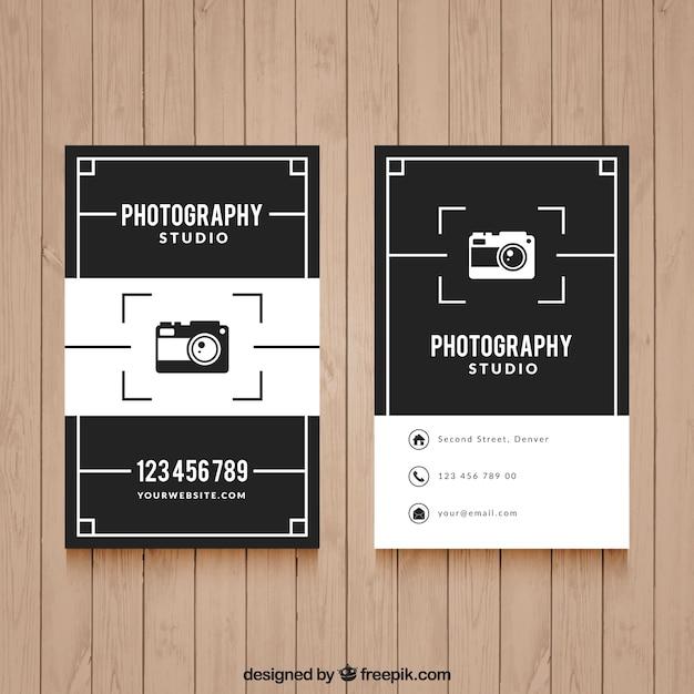 写真撮影のためのエレガントな黒と白の名刺 無料ベクター