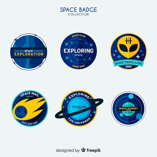 フラットデザインのカラフルなスペースバッジコレクション 無料ベクター