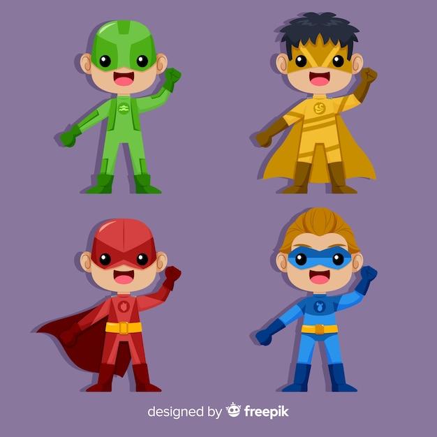 Набор различных детей-супергероев Бесплатные векторы