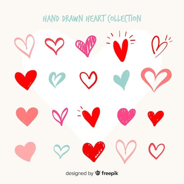 Коллекция рисованной сердца Бесплатные векторы