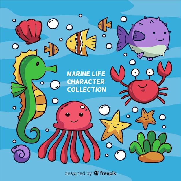 Коллекция красочных морских животных каваи Бесплатные векторы