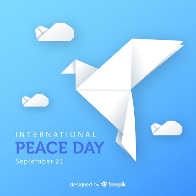 鳩と折り紙の平和の日 無料ベクター