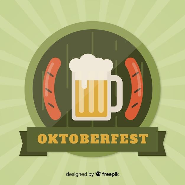 オクトーバーフェストビールとソーセージのフラットなデザイン 無料ベクター