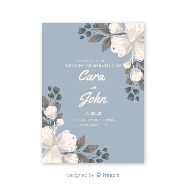 Красивое светло-голубое свадебное приглашение с акварельными цветами Бесплатные векторы