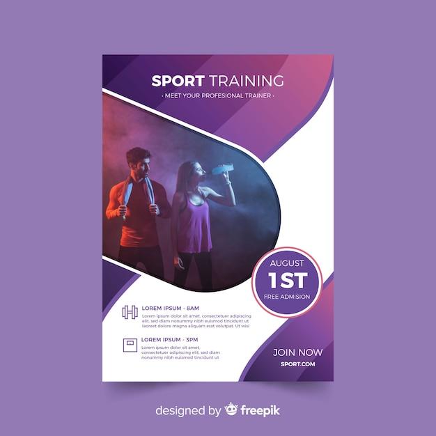 Шаблон спортивного плаката с фотографией кьяроскуро Бесплатные векторы