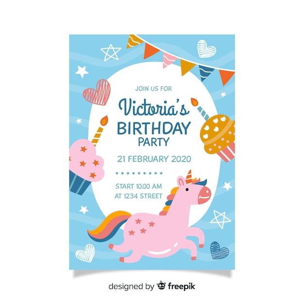 Детский шаблон приглашения на день рождения с единорогом Бесплатные векторы