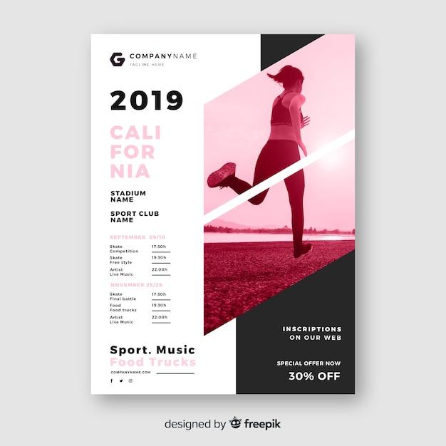 Шаблон спортивного постера с фотографией кьяроскуро Бесплатные векторы