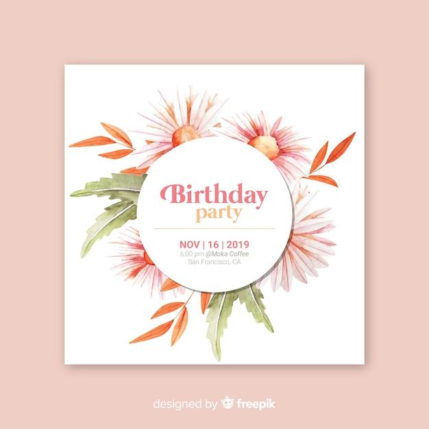 Шаблон цветочного приглашения на день рождения Бесплатные векторы