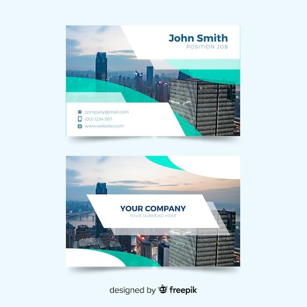 Шаблон визитной карточки с абстрактным дизайном Бесплатные векторы