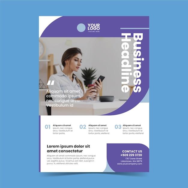 Абстрактный бизнес плакат с фотографией женщины, работающей Бесплатные векторы