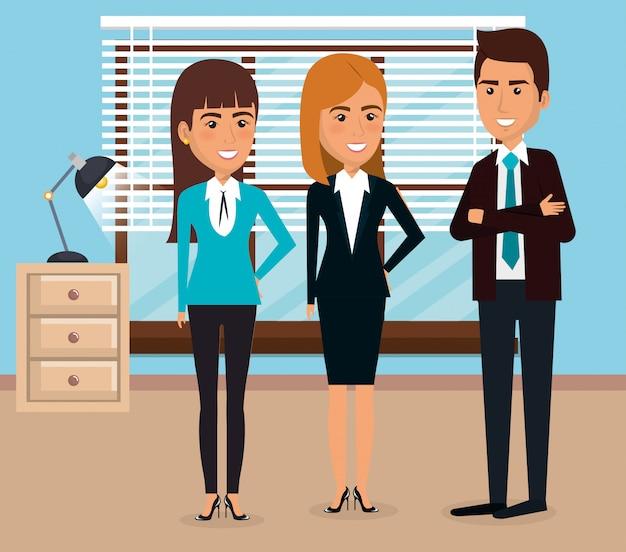 Элегантные деловые люди в офисе Бесплатные векторы