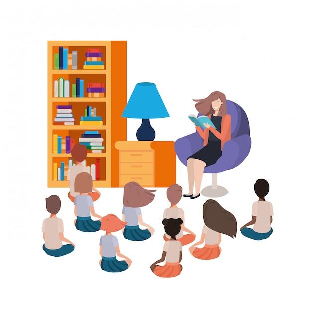 ソファと子供の本を読んでいる女性 無料ベクター