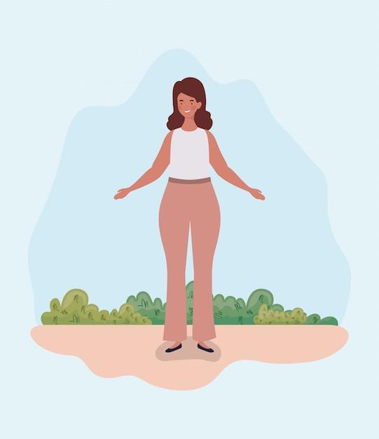 キャンプに立っている若い太った女性 無料ベクター