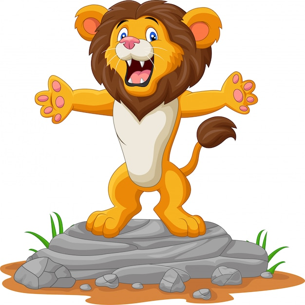 Счастливый мультфильм лев позирует на скале Premium векторы