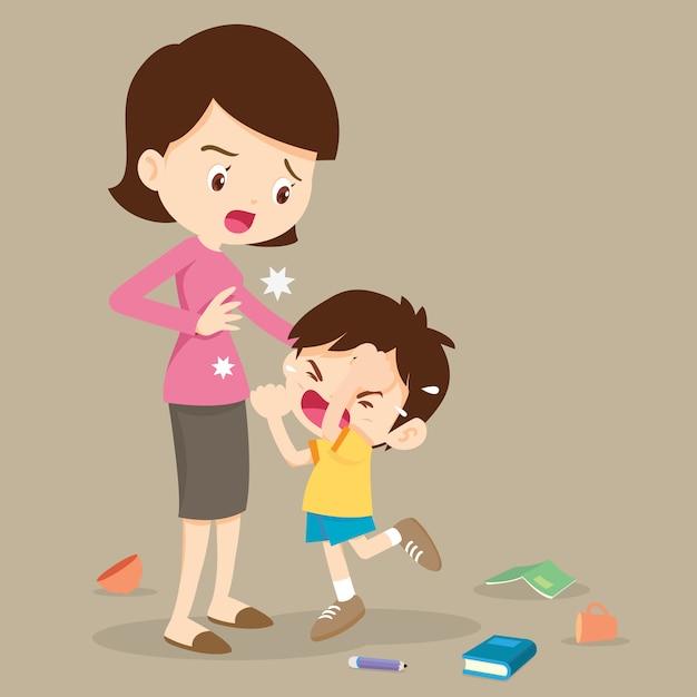 怒っている少年の母親を打つ Premiumベクター