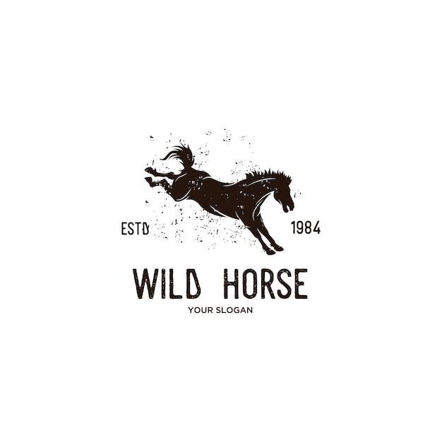 野生の馬のビンテージロゴイラスト Premiumベクター