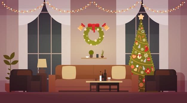 松の木、新しい年のための居間の装飾が付いている家のクリスマスの内部 Premiumベクター