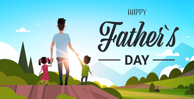 Отец с детьми гуляет в сельской местности Premium векторы