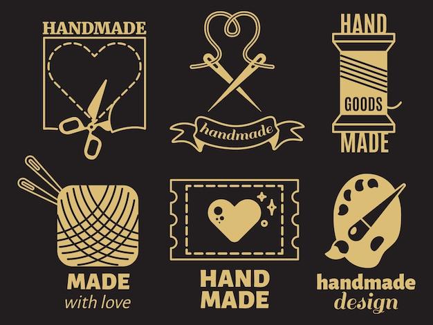 ビンテージヒップスター手仕事、手作り、バッジ、ラベル、黒の背景にロゴ Premiumベクター