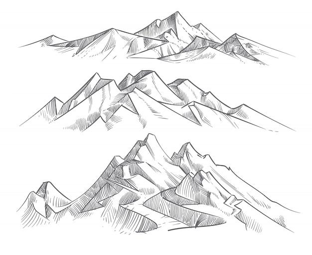 彫刻スタイルの手描画山脈。ビンテージ山脈パノラマベクトル自然風景。ピークの屋外スケッチ、風景山脈の図 Premiumベクター