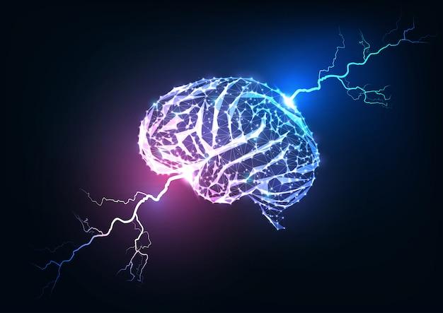 Импульс человеческого мозга. футуристический светящийся низкополигональный мозг и молнии. Premium векторы