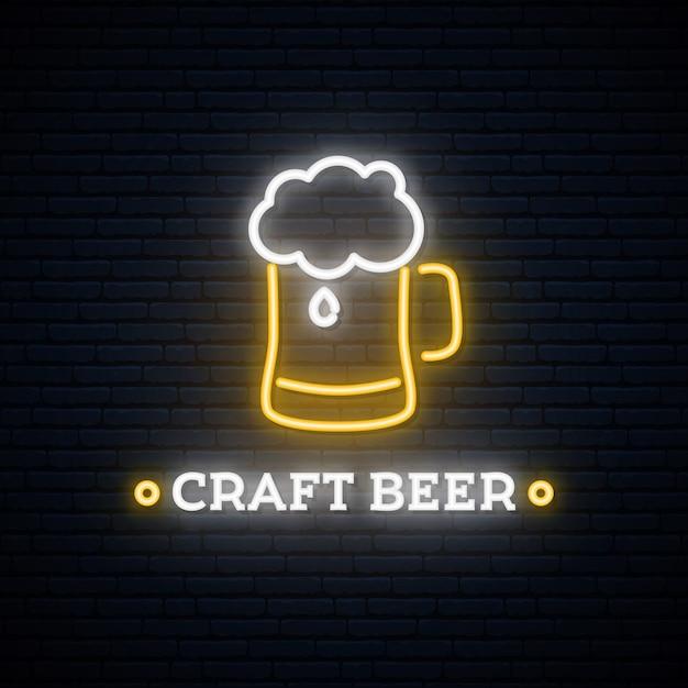 ネオンクラフトビールの看板。 Premiumベクター