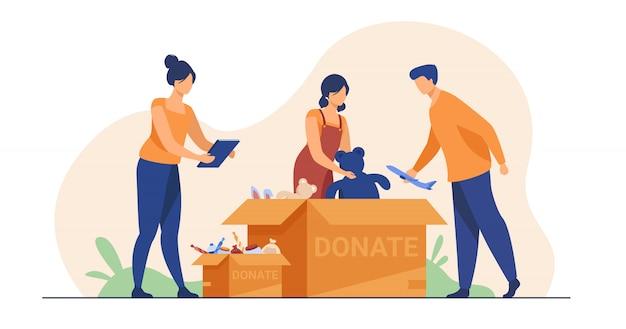 募金箱を梱包するボランティア 無料ベクター