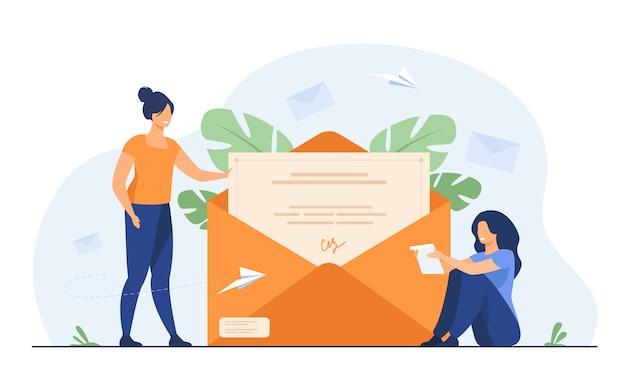 Женщина получает почту и читает письмо Бесплатные векторы