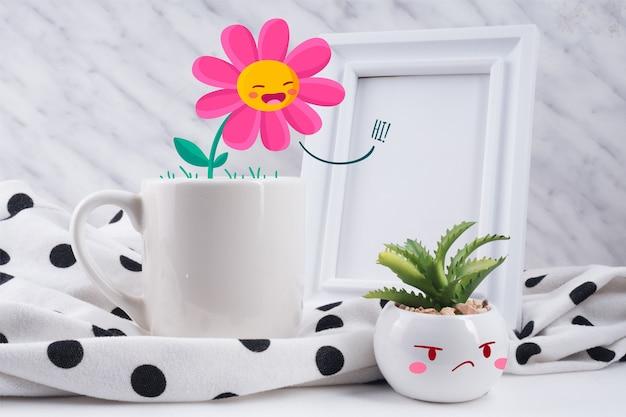 カップと絵植物の相互作用の楽しいシーン 無料ベクター
