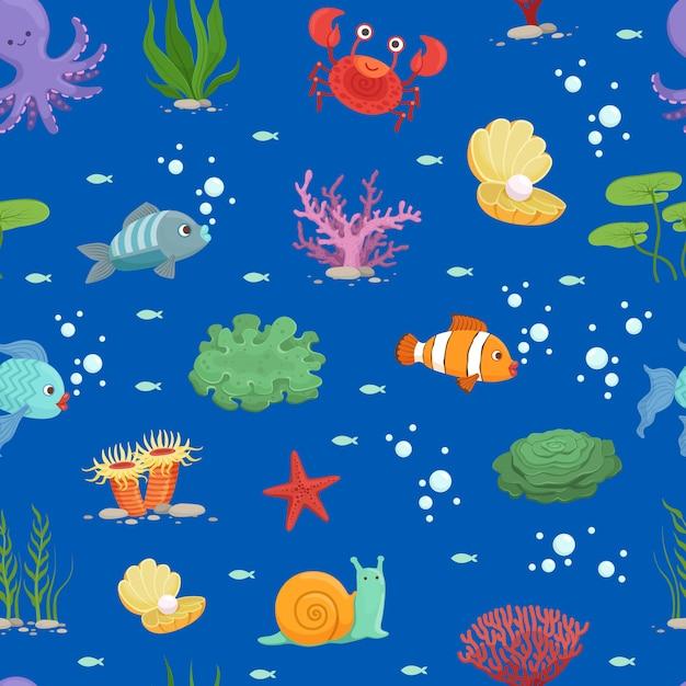 Мультфильм подводных существ и узор из морских водорослей или Premium векторы