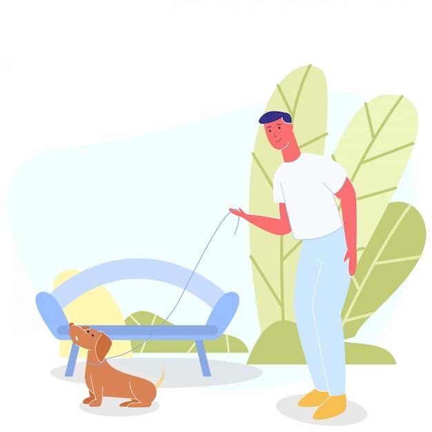 Счастливый улыбающийся вектор гулять с собакой в парке грин Premium векторы