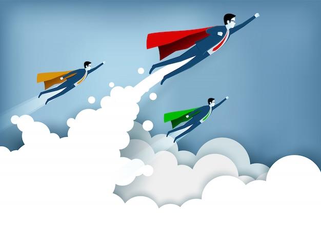 成功したスーパーヒーローのビジネスマンは雲の上を飛んでいる間空に飛んでいます。 Premiumベクター
