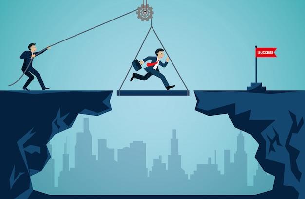 ビジネスチームワークの概念。組織を成功の目標に押し上げるために一緒に働くビジネスマン Premiumベクター