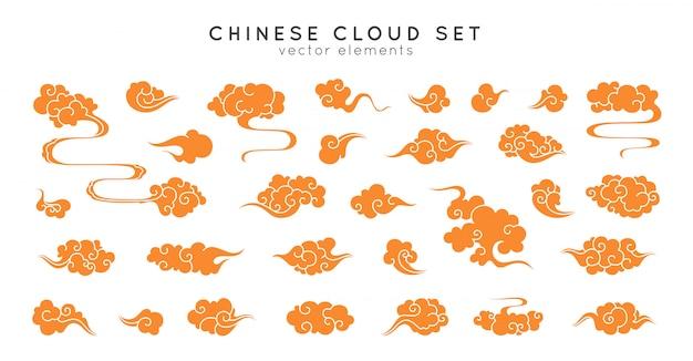 アジアのクラウドセット。中国、韓国、日本のオリエンタルスタイルの伝統的な曇り飾り。 Premiumベクター