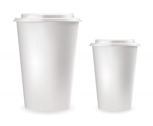 Реалистичные белые пластиковые стаканчики Premium векторы
