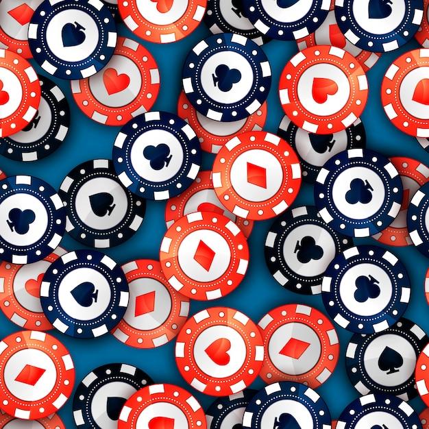 Красные и синие фишки казино с карточками знаков на столе, бесшовные модели Premium векторы