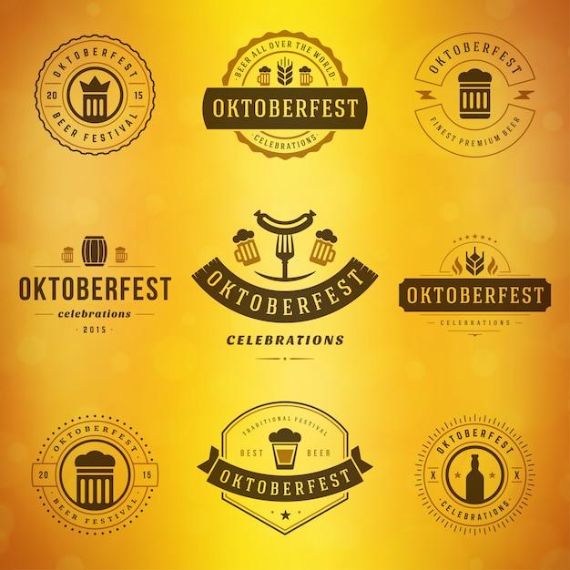 Октоберфест значки и наклейки набор винтажных типографских шаблонов Premium векторы