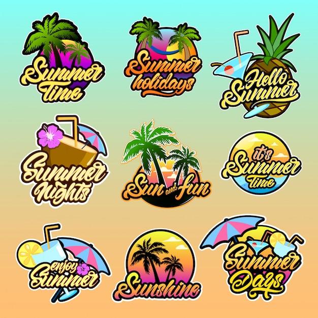 Красочные летние логотипы с надписью Premium векторы