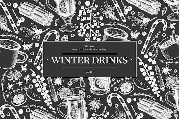 Зимние напитки баннер шаблон. вручите вычерченный выгравированный глинтвейн стиля, горячий шоколад, иллюстрации специй на доске мела. старинное рождество. Premium векторы