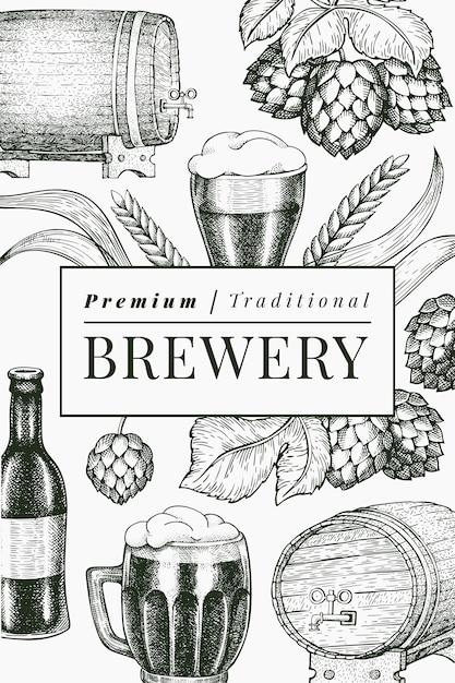 Пивной бокал и хоп дизайн шаблона. нарисованная рукой иллюстрация напитка паба. выгравированный стиль. ретро пивоваренный завод иллюстрации. Premium векторы