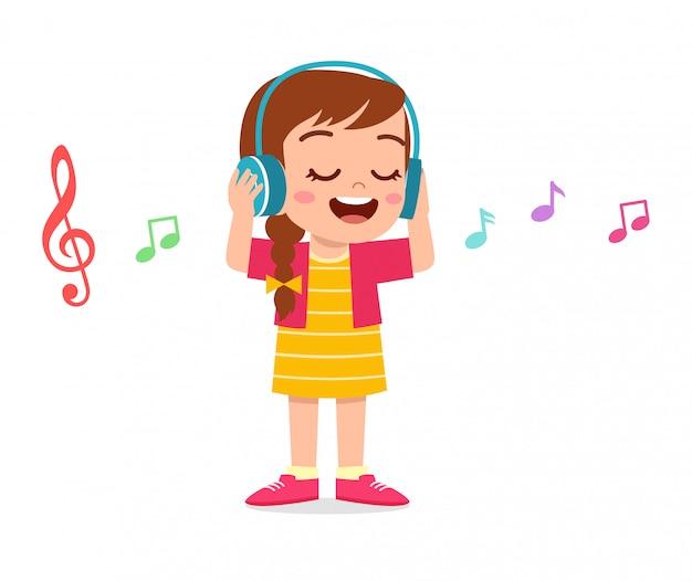 Счастливый милый парень девушка слушать музыку Premium векторы